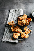 Pastries with honey and sesame