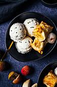 Lychee ice cream with baked banana