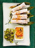 Spring rolls with chili dip (Japan)