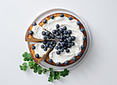 Bread pudding with Greek yoghurt and blueberries