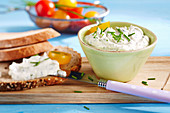 Bread with cottage cheese and herb spread