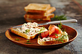 Hearty smoked salmon toast with dill