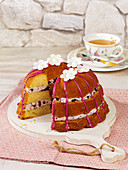 A blueberry Bundt cake filled with cream