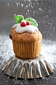 Mini muffin for Christmas, sprinkled with powdered sugar