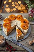 Christmas Pudding Cheesecake mit karamellisierten Clementinen