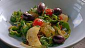 Menemen (Rührei mit Tomaten, Paprika und Zwiebeln, Türkei) zubereiten