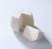 Cacio il Butterino - Italian Tuscan cheese made from pasteurized cow and sheep's milk
