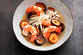Tom Yam Gung – Thai soup with prawns and oriental mushrooms