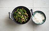 Stir-fried kale with pork fillet