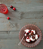 Trifle with sweet cherries and brownies