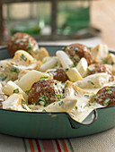 Asparagus fricassee with meatballs