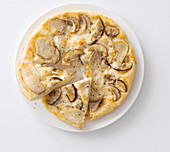 Pizza with porcini mushrooms and asiago