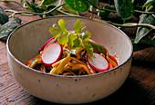 Thai-Nudeln mit Gemüse