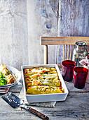 Cannelloni mit Wurstfüllung