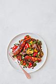 Gemüseeintopf mit Puylinsen und Bratwurst