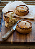 Mallorcan chicken and leek pies