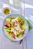Barschfilet mit Blattsalat