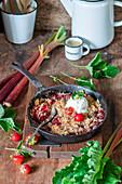 Rhubarb strawberry oats crumble