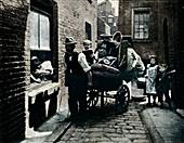 A move in 'Slumopolis', London, c1901 (1901)