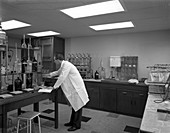 Laboratory facility at Spillers Animal Foods, 1960