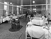 Patients on a women's surgical ward, 1968