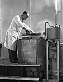Vacuum absorption chamber, Edgar Allen Steel Co, 1962