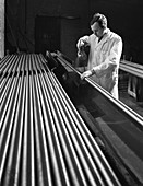 Crack detection on round bars, J Beardshaw & Sons, 1963