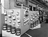 Exhibition stand for Vigzol Oil from Amoco, 1964