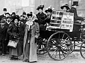Christabel Pankhurst with a group of suffragettes, 1909