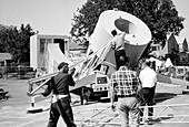 Disassembling a radio telescope, 1960s