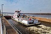 Mississippi River Lock and Dam No. 16,Illinois,USA