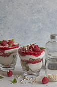 Yoghurt raspberry oat chranachan parfait