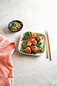 Thai fishcakes with broccoli