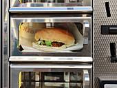 Burger im Foodautomat