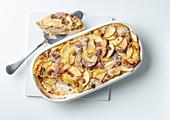 Scheiterhaufen (bread bake made with apples, cinnamon, raisins and almonds)