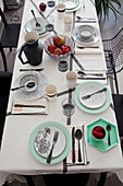 Table set in black, white and mint green