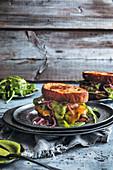 Steak-Sandwich with cheddar and herb cream