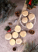 Christmas biscuits with a lattice pattern