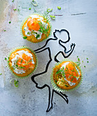 Fingerfood-Muffins mit Lachs und Dill-Frischkäse
