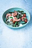 Simple cauliflower rice with asparagus and prawns