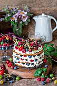 Honey layer cake with berries