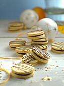 Vanilla biscuits with orange ganache
