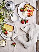 Pound cake with fresh strawberries