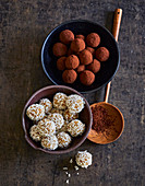 Energy balls with apricots, coconut and dates