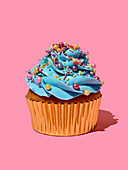Cupcake mit Blue-Curaçao-Frosting