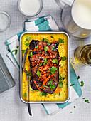 Vegetarische Polenta mit Auberginen und Karotten