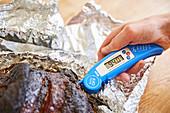 94 ° C ist die optimale Temperatur für zarte Rinderbrust