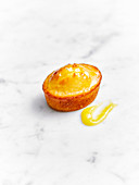 Friand with lemon curd