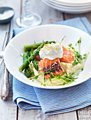 Salmon with green asparagus, mashed potatoes and horseradish