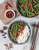 Chinese green beans with tofu 'mince'